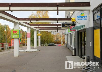 byt 2+kk, Praha 4 - Chodov, ul. Augustinova - obchodní centrum Chrpa